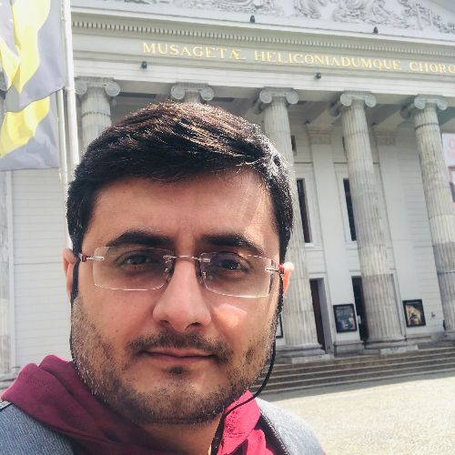 Mohit - English Teacher in Amsterdam: Experienced tutor with s...