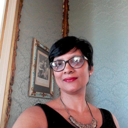 Anneline - English Teacher in Cape Town: Hi, I am Annie and I ...