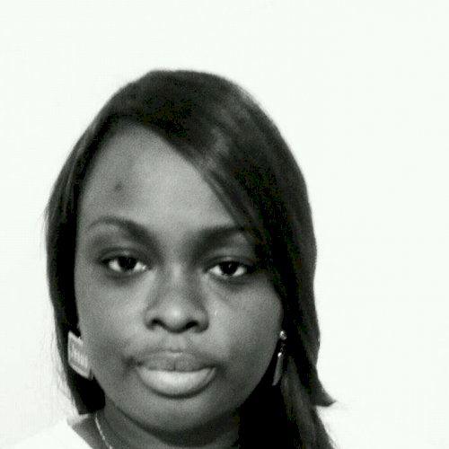 Gloria - Cape Town: I am Gloria, a language consultant, facili...