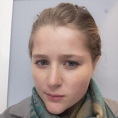 Madison - English Teacher in City Of London: Hi! I'm Madison, ...