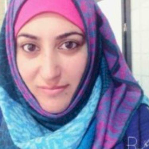 Kim - English Teacher in Dubai: Hi my name is Kim, I am a nati...