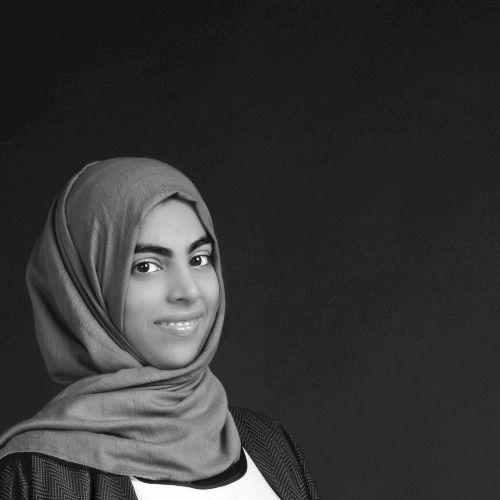 Zahra - English Teacher in Dubai: Hi, I'm Zahra! I am a native...