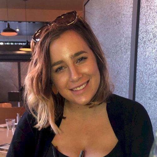 Taylah - English Teacher in Hobart: Hi! My name is Taylah. I a...