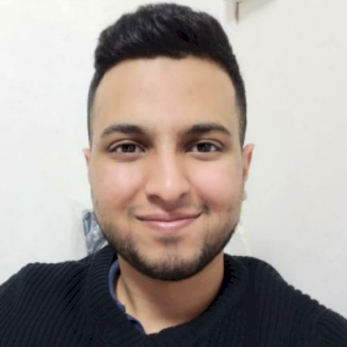Haroon - English Teacher in Hong Kong: I am originally from UK...