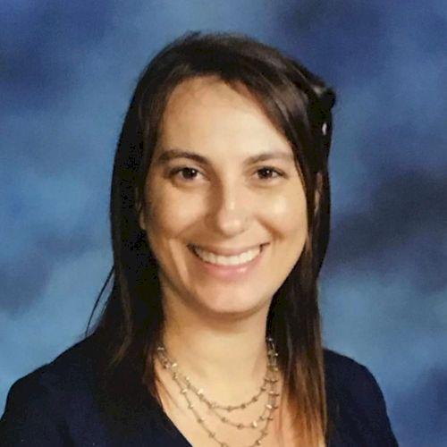 Sarah - English Teacher in Hong Kong: I am a native and Intern...