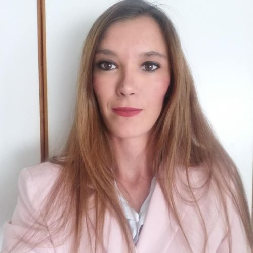 Monique - English Teacher in Johannesburg: I completed my dipl...