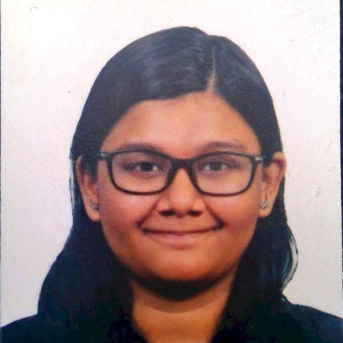 Alicia - Kuala Lumpur: Hey, friends, I am Alicia! I speak thre...