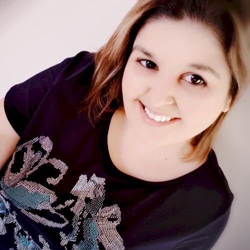 Marla - English Teacher in Lisbon: I was born in South Africa ...