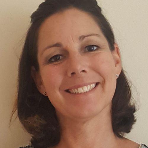 Michelle - English Teacher in Port Elizabeth: Hi, I'm Michelle...