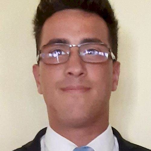 Roberto - English Teacher in Rome: Hi everybody, my name is Ro...
