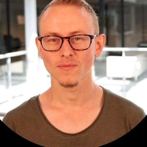Simon - English Teacher in Rotterdam: An Australian Expat curr...