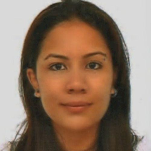 Elissa - English Teacher in Singapore: Hi there! I'm Elissa, I...