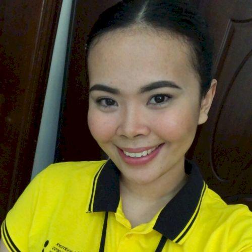 Rona - Filipino Teacher in Doha: Hi there! I am Rona with a Ba...
