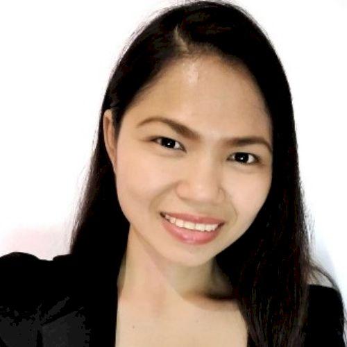 Roxann rhea - Filipino Teacher in Hong Kong: I graduated Bache...