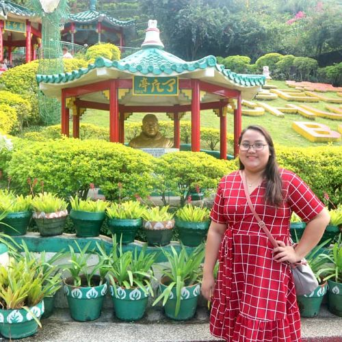 Shera - Filipino Teacher in Manila: I am a graduating student ...