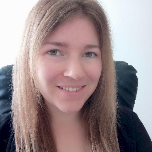 Sandra - French Teacher in Auckland: Hi everybody! I'm Sandra ...