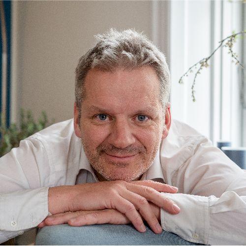 Damien - French Teacher in Copenhagen: French native, 25-year ...