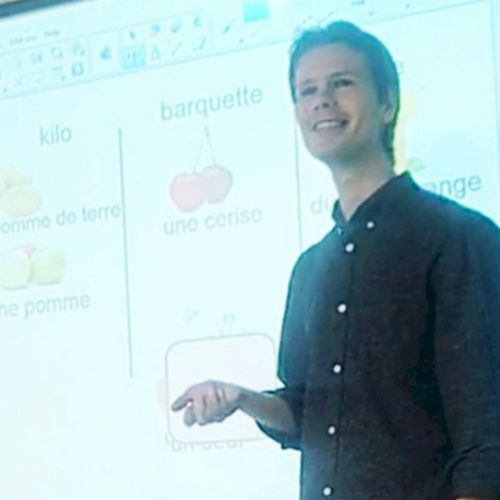 Julien - French Teacher in Hong Kong: I work in a French teach...