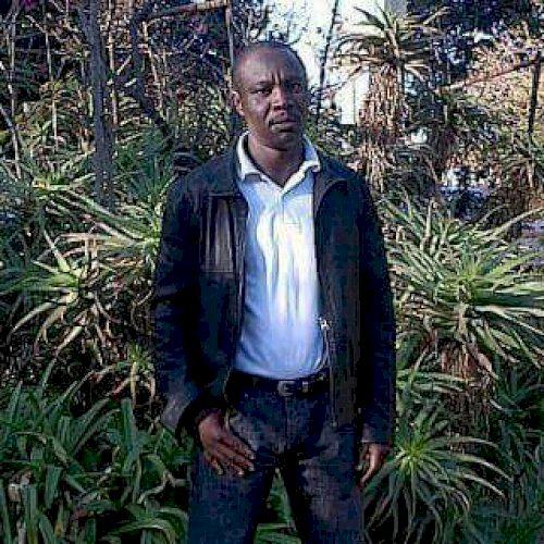 Emmanuel - French Teacher in Johannesburg: I am Emmanuel, a qu...