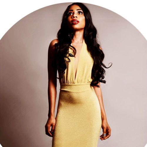 Oumou - Manila: I am a model and a traveler (Europe, Asia, Afr...