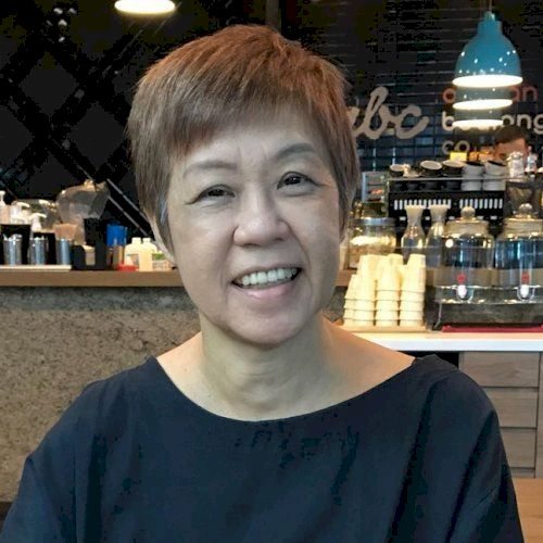 Gloria - French Teacher in Singapore: I train people with a To...