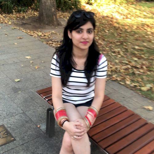 Sakshi - Hindi Teacher in Adelaide: Hi, My name is Sakshi and ...