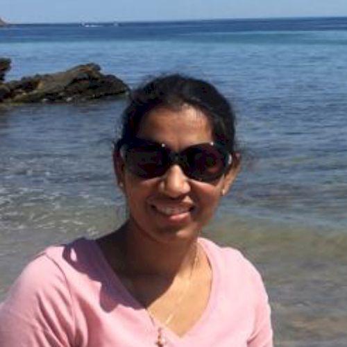 Sonika - Hindi Teacher in Adelaide: I am teacher of Hindi, mat...