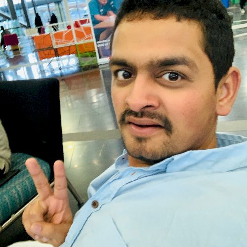 Vishal - Hindi Teacher in Auckland: Hi Vishal here, I've bee...
