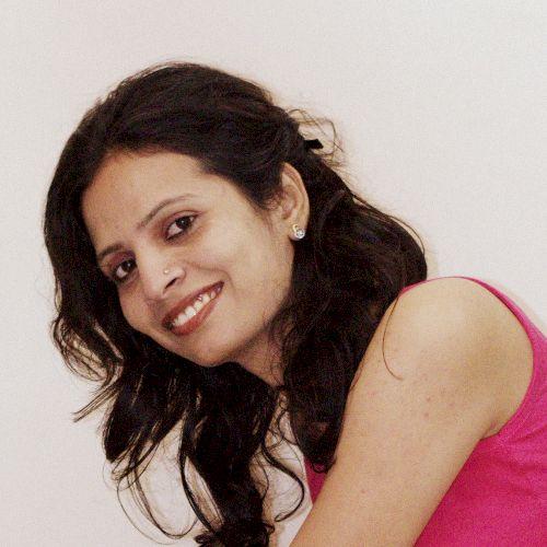 Nisha - Hindi Teacher in Doha: Hi, this is Nisha Rajpurohit. I...