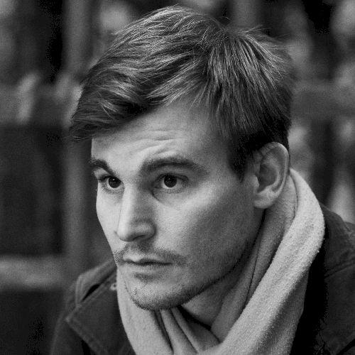 Matyas - Hungarian Teacher in Paris: I am a native Hungarian s...