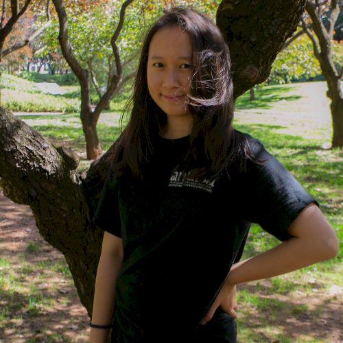 Eleonore - Indonesian Teacher in Canberra: A native Indonesian...