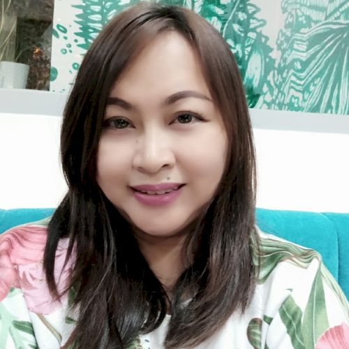 Sunny - Indonesian Teacher in Jakarta: I am an English Teacher...