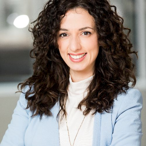 Dalila - Italian Teacher in Bruxelles: I am an Italian native,...