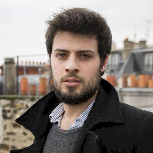 Giacomo - Italian Teacher in Paris: Hi! My name's Giacomo. I'm...