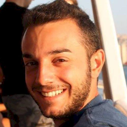 Stefano - Italian Teacher in Vancouver: I am Italian, from Ven...