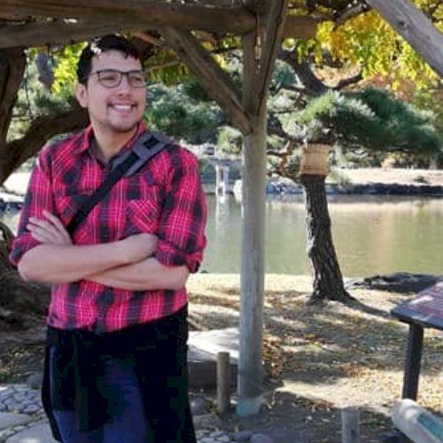 Yutaka - Japanese Teacher in Cape Town: Hi, I'm Yutaka. I st...