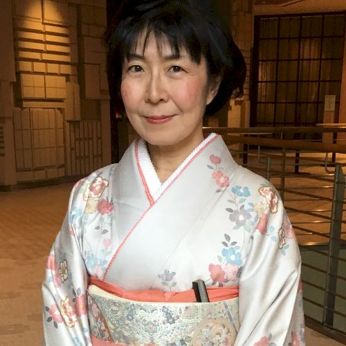 Takako - Japanese Teacher in Tokyo: ONLINE LESSON ALSO AVAILAB...