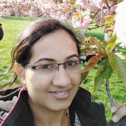Kavya - Kannada Teacher in Paris: I am Kavya. I am a software ...