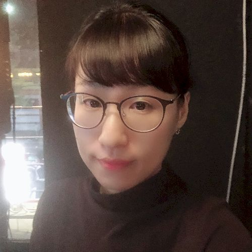 Sihyun - Korean Teacher in City Of London: Hello. I used to do...