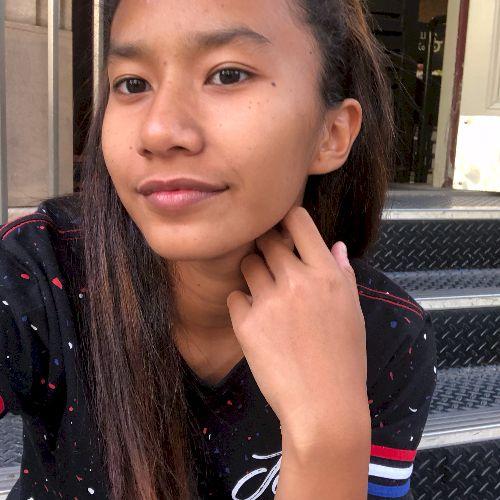 Sofie - Malay Teacher in Brisbane: Hello, my name is Sofie. I ...