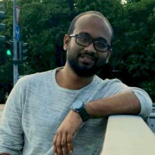 Basil - Malayalam Teacher in Berlin: Indian, Berliner since 20...