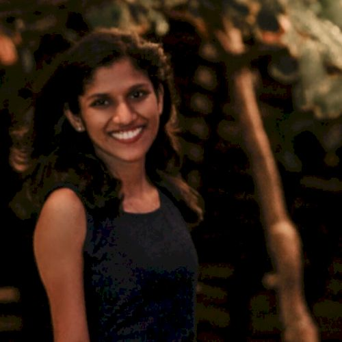 Sneha - Malayalam Teacher in Canberra: Hello everyone! My name...