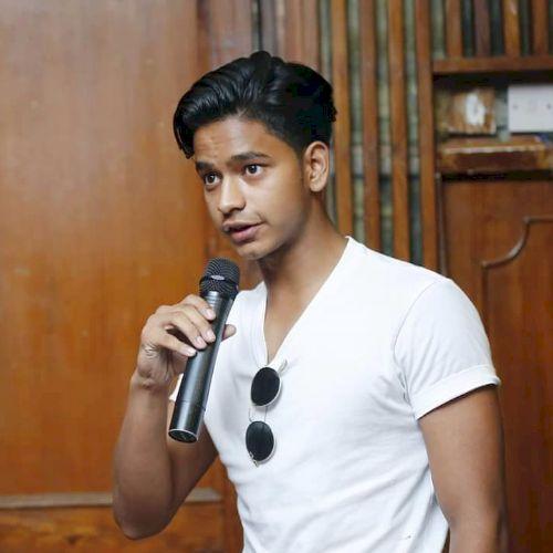 Sakshyat - Nepali Teacher in Singapore: Current Yale-NUS stude...