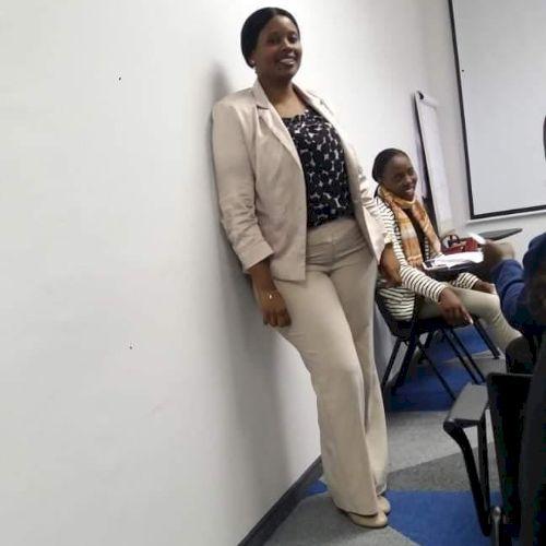 Maria - Portuguese Teacher in Johannesburg: I Speak 3 language...