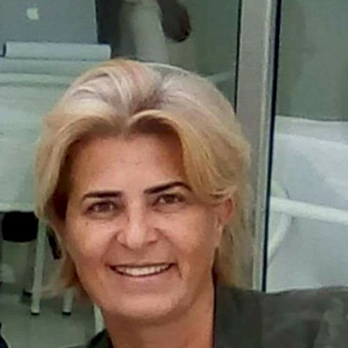 Catarina - Portuguese Teacher in Lisbon: Hi, I'm Catarina. I'm...