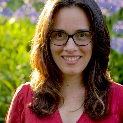Gabriela - Portuguese Teacher in Lisbon: I'm Brazilian, living...
