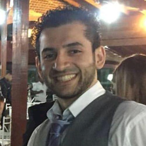 Lucas - Portuguese Teacher in Melbourne: I'm a grammar special...