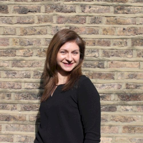 Olivia - Romanian Teacher in City Of London: I am keen to help...