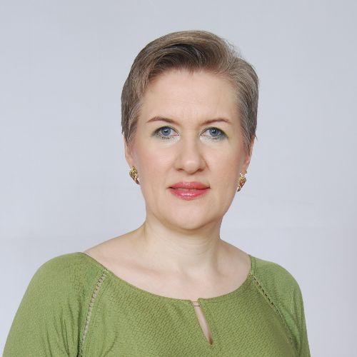 Olena - Russian Teacher in Abu Dhabi: My name is Olena Paul. I...