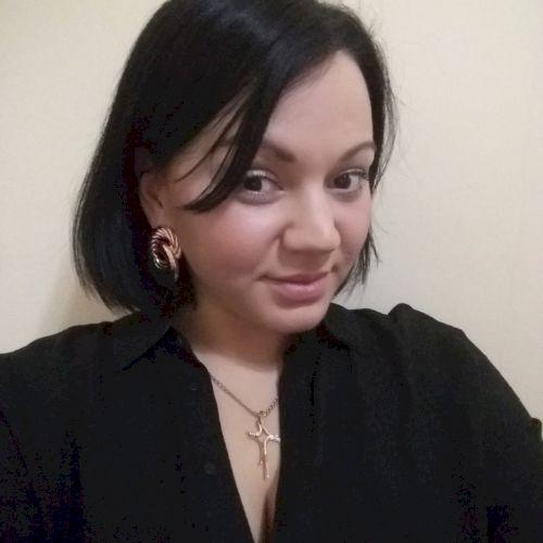 Anna - Russian Teacher in Istanbul: I'm a native speaker of Ru...